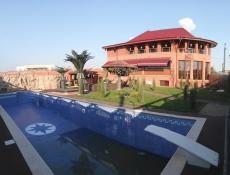 Vânzare casă\vilă 8 camere în Berceni-Sat