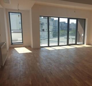 Apartament - 3 camere 1 Mai