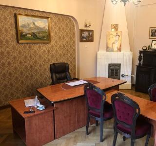 Apartament - 6 camere Romana