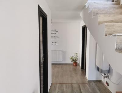 Vânzare apartament 2 camere  în Centru Mangalia